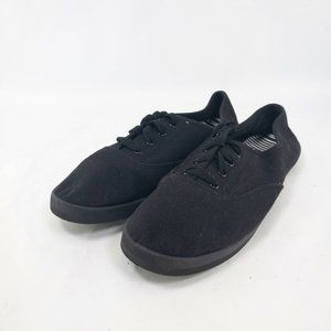 Womens Black Low Top Sneaker Shoes Size US 9